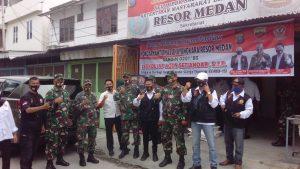 Pokdar Kamtibmas Resor Kota Medan Bersama Dandim 0201/BS Bagikan Paket Sembako Gratis