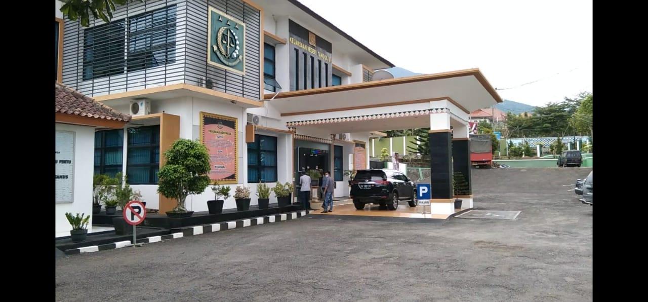 Terkait Dugaan Korupsi Dana Desa Warga Pokon Lakaran Wonosobo Sambangi Kantor Jaksa Target Kasus News