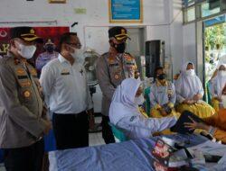 Kapolres Maros Pantau Pelaksanaan Vaksinasi Pelajar Di SMA Negeri 1 Maros